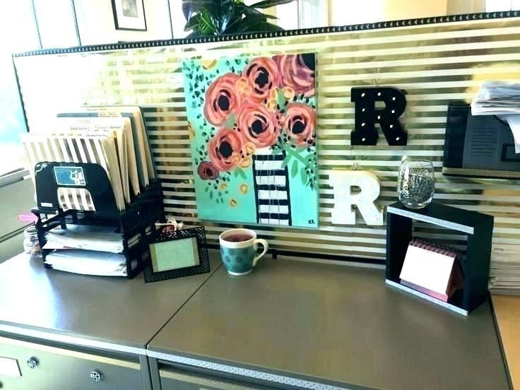 Ideas To Decorate Office Cubicle Walls Sitting Ecobellinfo