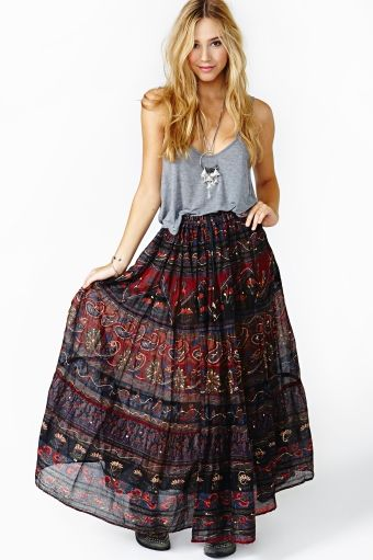 507 best images about Clothes-Outfit skirt loose long on Pinterest ...