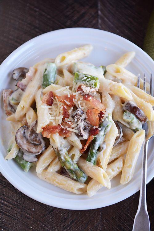 one pot creamy asparagus bacon pasta