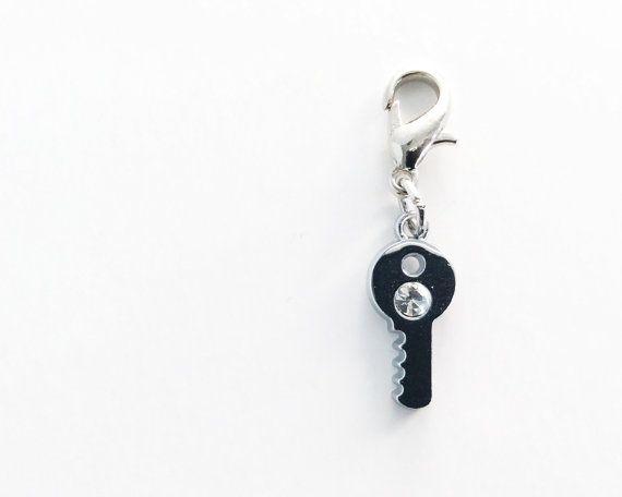 Tiny Key Zipper Pull / Crochet Stitch Marker