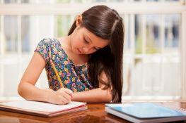 Ποια είναι τα τρία πράγματα που πρέπει να αποφεύγετε αν θέλετε να μεγαλώσετε διανοητικά ισχυρά παιδιά | psychologynow.gr
