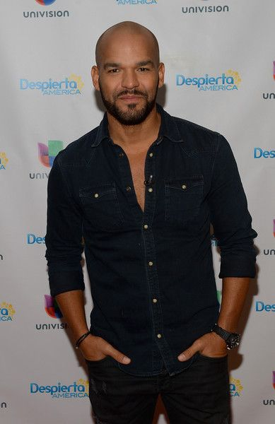 "Amaury Nolasco Photos Photos - Amaury Nolasco is on the set of Univisions ""despierta America"" in support of thefilm ""Criminal"" at Univision Headquarters on April 13, 2016 in Miami, Florida. - Celebrities on the Set of Univisions 'Despierta America' - April 13, 2016"
