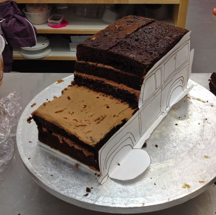 1000 Images About Cakes On Pinterest Land Rovers