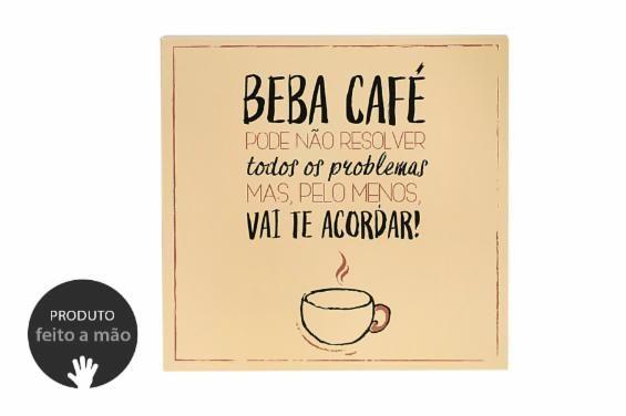 Você quer um quadro de café bem divertido para a sua cozinha ou o seu cantinho do coffee? O Quadro Decorativo Beba Café é um quadro que pode ser usado na cozinha para te fazer rir todas as manhãs.