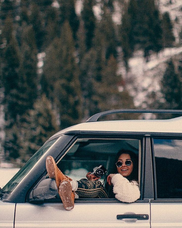 montana: a style story just went live on allegrarose.com  check out the good vibes  mountain adventures and my celebration of turning 20 years young! : @bryce__miller  #livebangs by allegraroseb