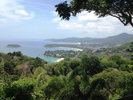 Gain a top quality TEFL qualification, in three weeks, on the tropical island of Phuket and then apply to teach English in Thailand.