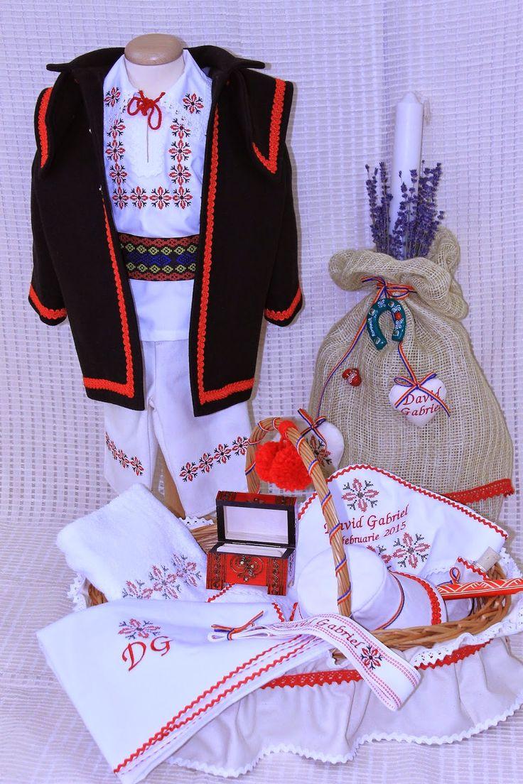 Trusou Botez Personalizat, Trusouri Botez, Hainute Botez, Lumanari Botez : Costume nationale botez si trusou botez complet tr...
