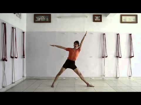 30 minutes practice of Iyengar Yoga for beginners to intermediates - YouTube