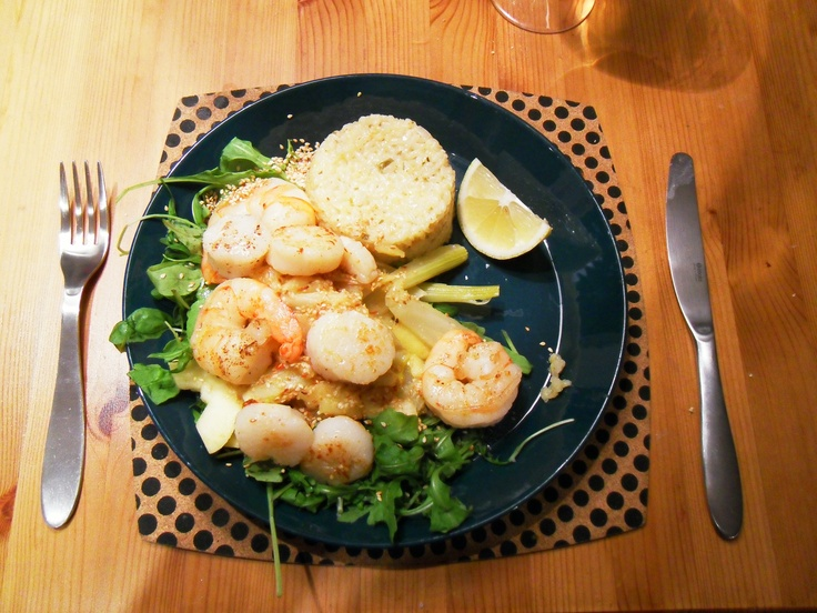 King prawns and scallops on a fennel, sour apple and rocket bed.