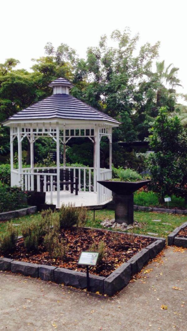 Les 25 meilleures ides de la catgorie Gloriette sur Pinterest  Gloriette de jardin Soudure