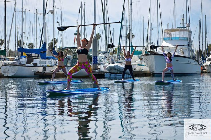 Siluet YOGA WEAR Commics and Jungle collection on the paddle board.. Photo: Jana Wallace, Los Angeles