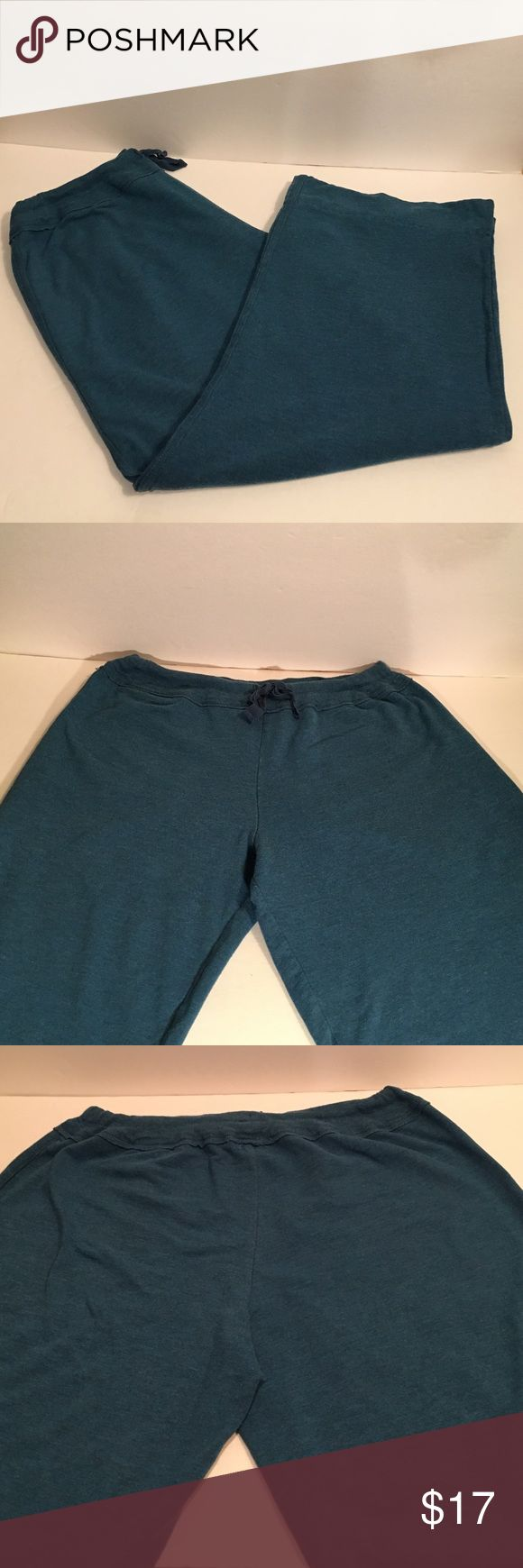 Blue Simply Vera by Vera Wang Lounge Pants Blue Simply Vera by Vera Wang Lounge Pants. Size large. Good condition with some wear. Simply Vera Vera Wang Pants Track Pants & Joggers
