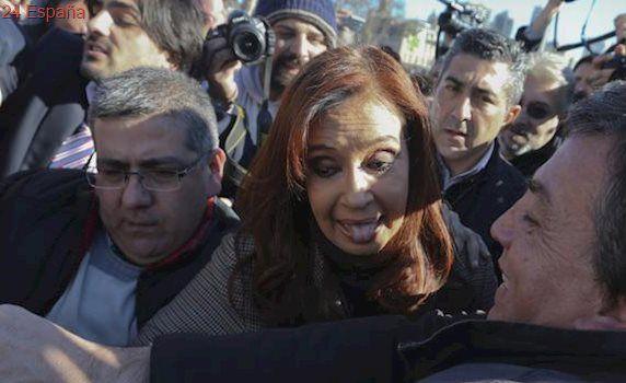 Un juez argentino procesa a Cristina Fernández por presunto lavado de dinero