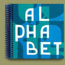 www.livresanimes.com ALPHABET de Jérémie Fischer édité par l'Orbis Pictus Club (Paris), septembre 2013 Livre d'artiste, 28 pages cartonnées et 15 PVC transparents, reliure spirale plastique bleue, format 19 x 17 cm (avec spirale).