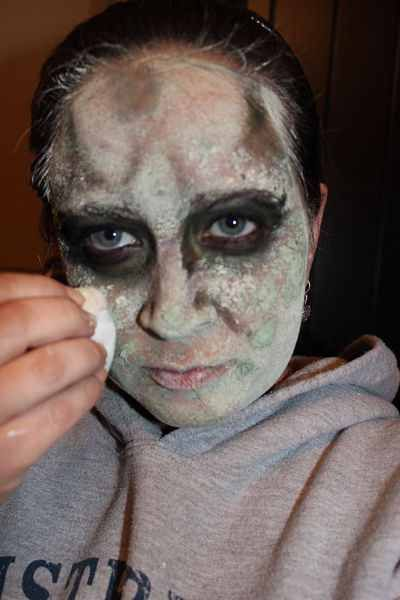 50 best halloween zombie images by desirae ferguson on pinterest diy instant zombie no special makeup necessary photo solutioingenieria Images