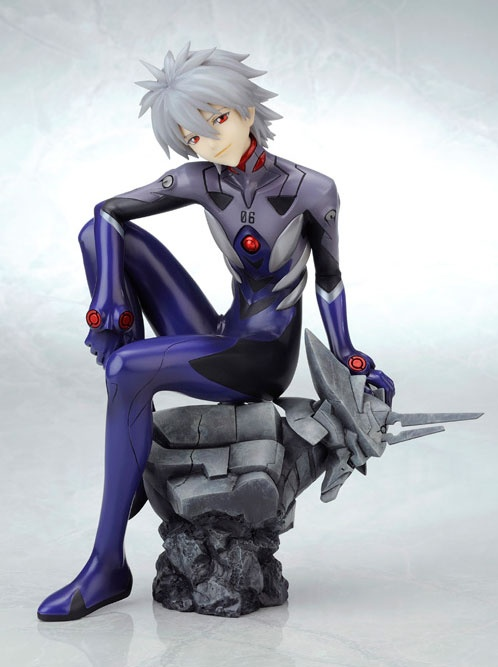 Kaworu Nagisa statue by Kotobukiya. I need this little piece of Evangelion goodness...