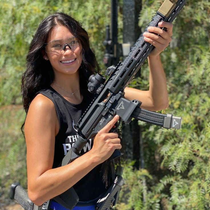Pin by Andre Putra on Asian | Warrior woman, Girl guns