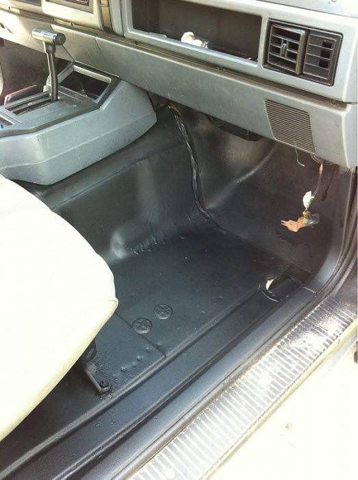 25 best ideas about jeep xj mods on pinterest jeep xj jeep cherokee and jeep cherokee 2014 for Rhino liner jeep exterior cost