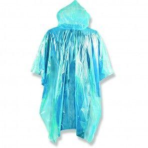 #BlauwePoncho Laat wat regen de pret niet bederven: feest gewoon lekker verder in deze comfortabele poncho.  - Poncho voor in noodgevallen - Past opgevouwen in broekzak / tas / rugzak - One size fits all - Gemaakt uit PE http://www.festivalking.com/be/blauwe-poncho.html