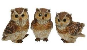 Ihana pöllö, jolla saa piristystä vaikka kukkien väliin tai hyllylle. Viimeistely on tehty, kuin ne olisivat puuta. Pöllöjä on kolme erinlaista. Valmistusmateriaali resin. Korkeus 10 cm.