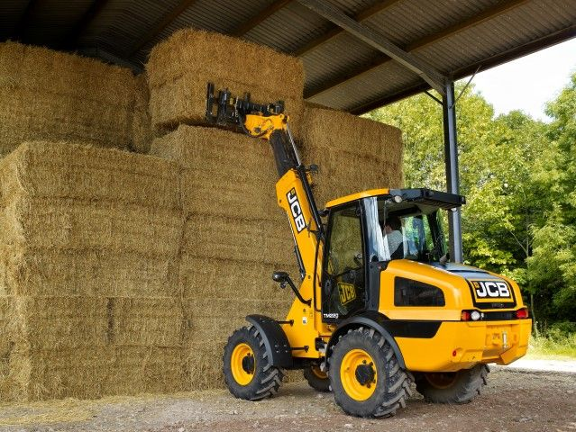 JCB plans to wow at LAMMA show - Agriland