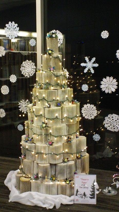 Frozen in Paper - Prescott Valley Public Library -Teen, Christmas tree 2013