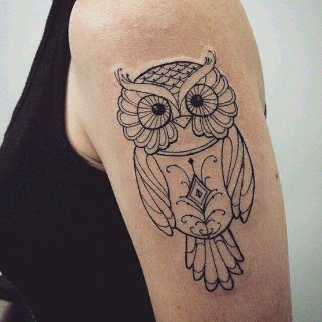 """Tatuagem feita por <a href=""""http://instagram.com/melinatattoo"""">@melinatattoo</a> <3 Sentiram saudades das tattoos de corujas?                    #amazingink"""