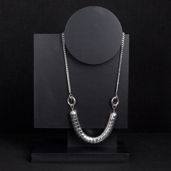 Johana's use of off center geometric shapes to display jewelry