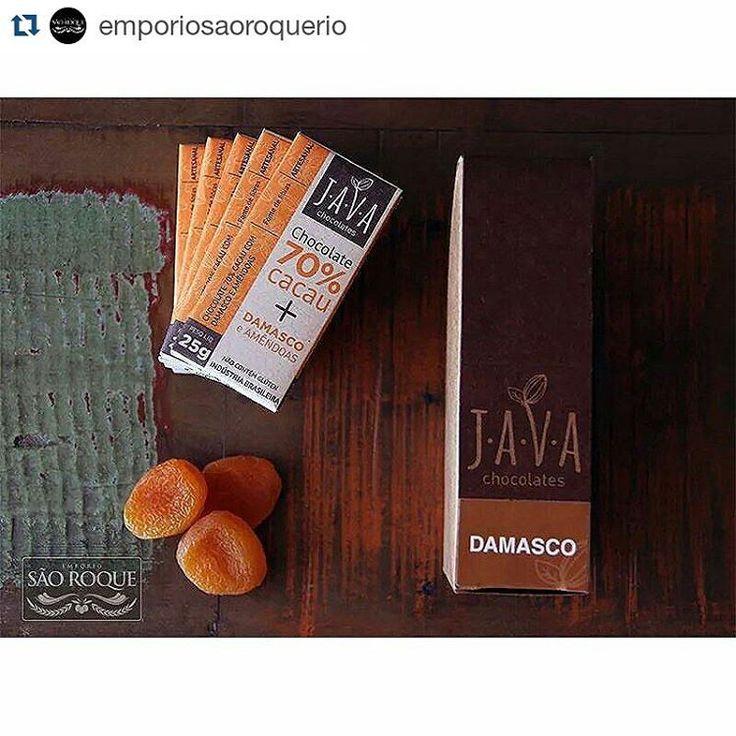 Hummmm... Apetitoso, ein! Java Chocolates no Rio de Janeiro (RJ) com a @emporiosaoroquerio!  #Repost @emporiosaoroquerio with @repostapp ・・・ Domingo é dia de relaxar com novidades!  Que tal um chocolate de qualidade e gostoso?  Chocolate artesanal 100% brasileiro e feito a partir de cacau orgânico de origem amazônica.  70% de cacau + damasco + amêndoas ***Sem glúten e lactose  Faça seu pedido hoje ainda: contato@emporiosaoroque.com.br