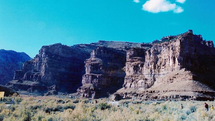 Nine Mile Canyon (SUA)  20 de poze deosebite cu canioane, adevarate sculpturi ale naturii - galerie foto.  Vezi mai multe poze pe www.ghiduri-turistice.info  Sursa : www.wikimedia.org