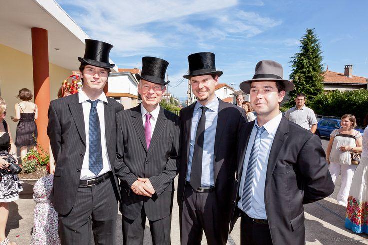 Les invités du mariage à chapeau   Nicolas Roger ...
