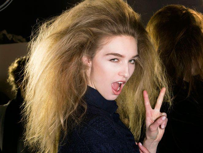 ¿Cabellos indomables, resecos, electrizados y descontrolados? Los malos pelos tienen solución.