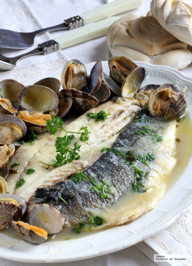 Lubina a la sidra con almejas. Receta de pescado para hacer sin encender el horno http://ift.tt/2iE0fP5