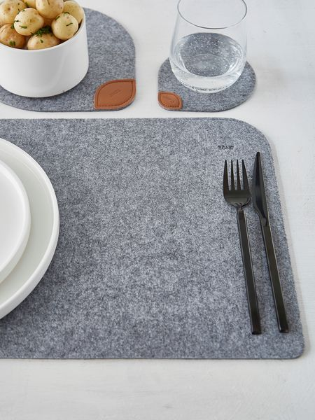 Felt Placemats - Nordic House modern, fun but functional! #felt #placements