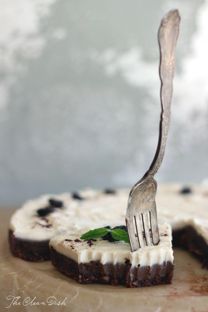 No-bake White Russian Chocolate Tart (raw, grain free, GF, refined sugar free, paleo friendly)