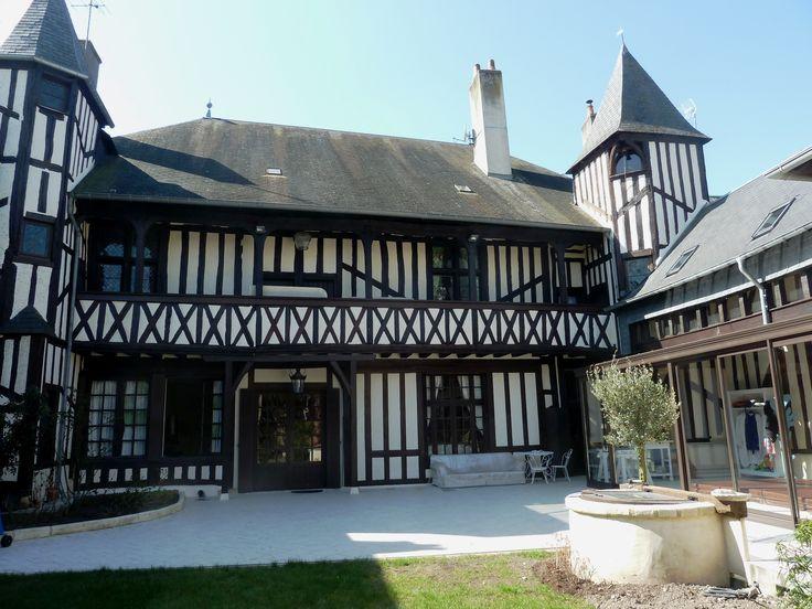 La Maison de Saint Jean à Aubigny-sur-Nère à partir de 80€/nuit - Cliquez sur l'image pour accéder à la fiche de la chambre d'hôte