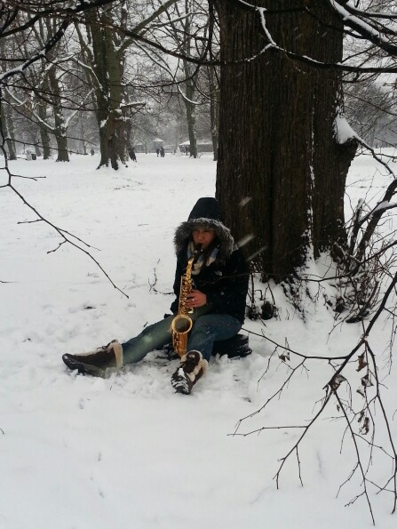 Music in the snow, London, January 2013, By Virginie Alix