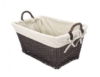корзинка для белья. Размеры примерно: 30-35 см на 45 см, высота 25-30 см. http://jysk.ua/product_info.php?products_id=100716