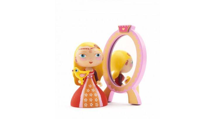 Arty toys hercegnő - Nina & ze mirror - Játékfarm játékshop https://www.jatekfarm.hu/gyerekszoba-kiegeszitok-100/szuper-hosok-101/djeco-arty-toys-szuperhosok-arty-toys-hercegno-nina-and-ze-mirror-564