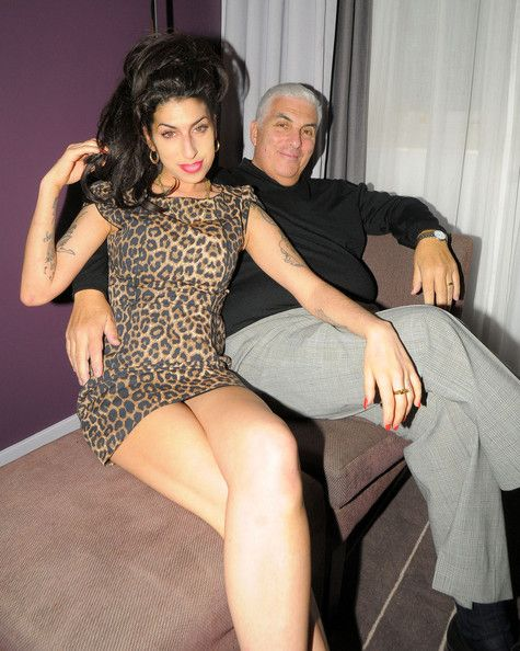BREAKING NEWS Saturday July 23, 2011 Singer Amy Winehouse, 27, has been found dead at her home.STOCK 2007 Amy Winehouse joins her dad Mitch on stage at the launch party of City Burlesque club in London