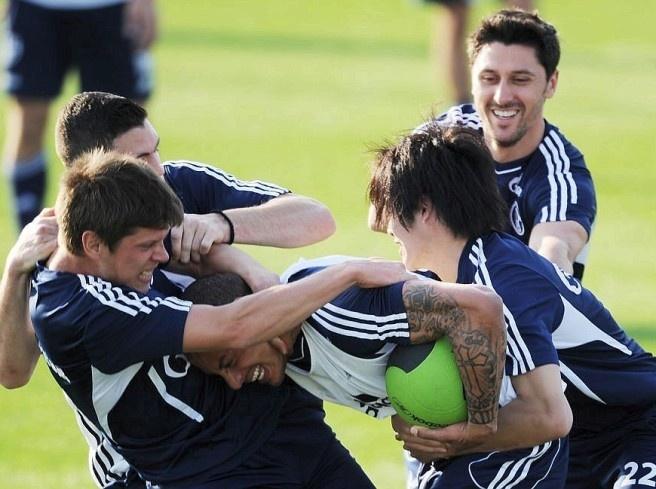 Klaas-Jan Huntelaar, Kyriakos Papadopoulos, Jermaine Jones, Atsuto Uchida and Ciprian Marica (left). Photo: DAPD  Picture 47 of 62  Since Wednesday is preparing the FC Schalke 04 in Qatar prior to the