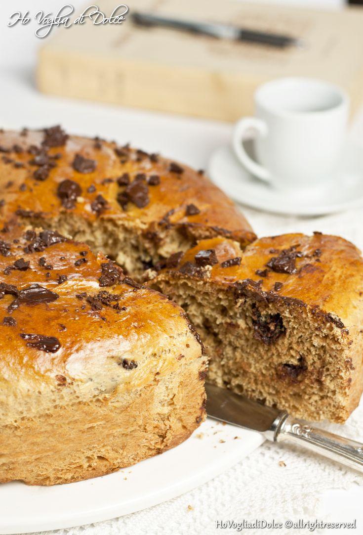 Torta Brioche al caffè e cioccolato fondente, una brioche diversa dal solito,eccezionale per la colazione e morbidissima per più giorni.