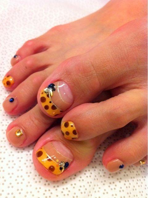 Foot nail art (5)