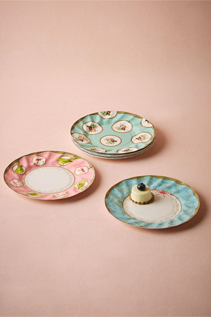 Tea Party Paper Plates (12) from @BHLDN