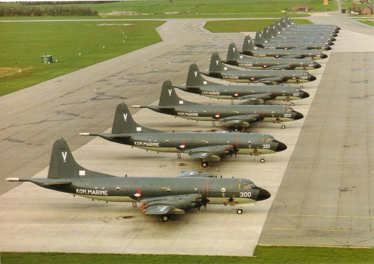 All 13 RNLNavy P-3C Orions in a row. From the days the Netherlands actually understood what you need to protect freedom.