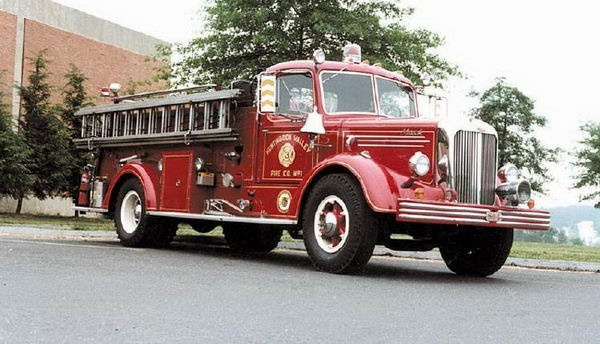 Mack Fire engine: 1948Mack Jpg 600 344, Fire Trucks Vintage, 1948 Mack, Mack Trucks, Fire Engines, Classic Trucks, Firetrucks Ambulances Etc, Mack Fire, 120 1960 S Fire
