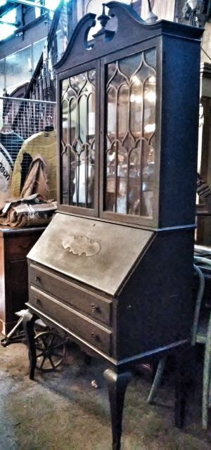 Merveilleux Cabinet At Silver Fox Salvage!