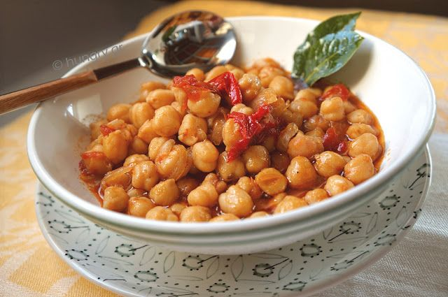 Kitchen Stories: Chickpea Stew with Oven-Dried Tomatoes