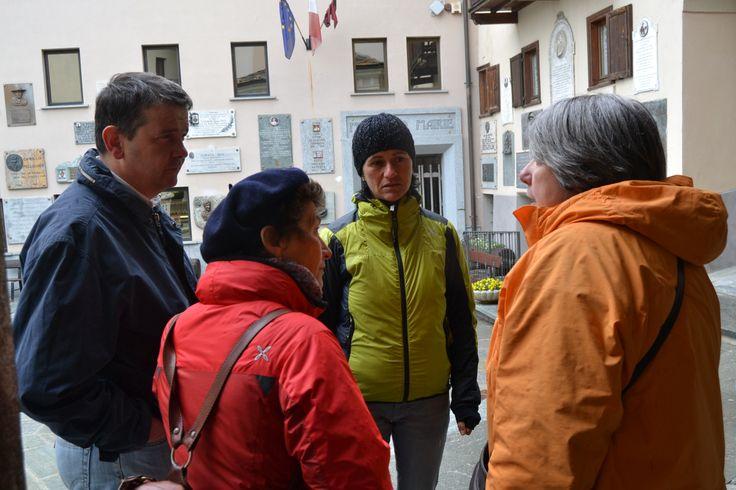 piazza Guide Alpine del Cervino Valtournenche  INVADERS foto Caroline RIZZA  #invasionidigitali #digitalinvasions #guidealpinedelcervino #breuilcervinia #valtournenche #aostavalley