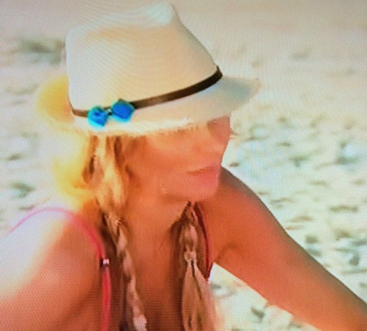 Brandi Glanville's Straw Fedora with Turquoise Bow | Big Blonde Hair : Big Blonde Hair http://www.bigblondehair.com/real-housewives/rhobh/brandi-glanvilles-straw-fedora-with-turquoise-bow/
